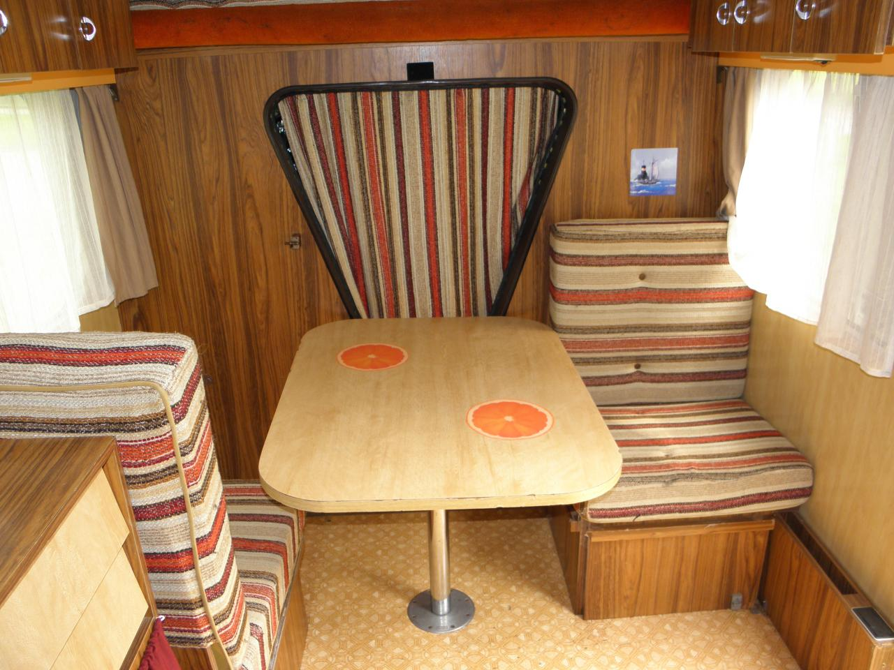 L 39 interieur for Interieur estafette